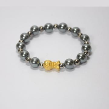 Bead Bracelet with Bear Pendant