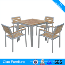 Mesa de comedor Foshan y sillas de teca