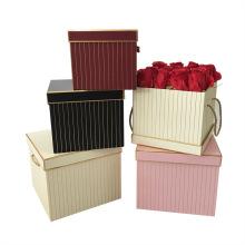 Custom Style Design Luxury Valentine's Day Surprise Flower Gift Box with Handles