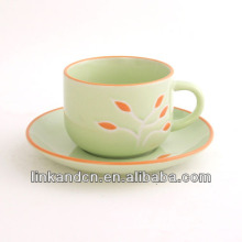 KC-03004flower taza de té de la calcomanía con el platillo, apilando la taza de té, borde coloreado