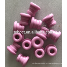 middle grooved eyelets