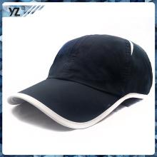 Diseñe su propio casquillo de moda de los deportes del estilo