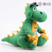 Fazendo brinquedos de pelúcia de camaleão de caráter macio baratos para crianças brincando