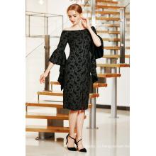 Элегантный с плеча MIDI платье с рюшами рукава и разрез спереди