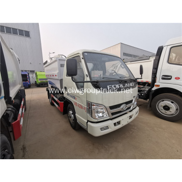 Foton 5 ton compact garbage vehicle