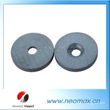 Isotropic ceramic ring magnet
