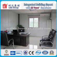 Panel de emparedado de fibra de vidrio de 50 mm y casa de trabajo de estructura de acero prefabricada para la construcción