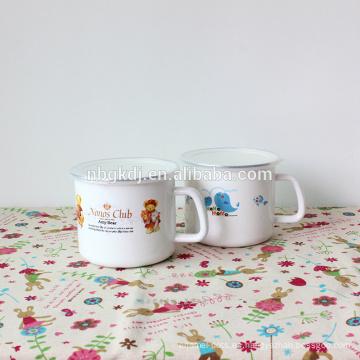 La mejor venta imprimió la taza de encargo del esmalte para el regalo de la promoción