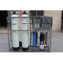 Machine d'usine de RO de l'eau de surface 500-1000L / H Customizd pour l'eau potable