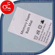 Impresión no tejida de la etiqueta del cuidado del lavado de encargo del precio de fábrica para Mattess