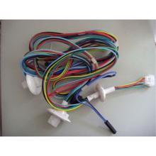 Brauner und blauer Lautsprecherkabel-Cu-Leiter