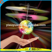 Alta qualidade Interessante Heli Ball Infrared Ray Interaction Mini Craft Flying Ball