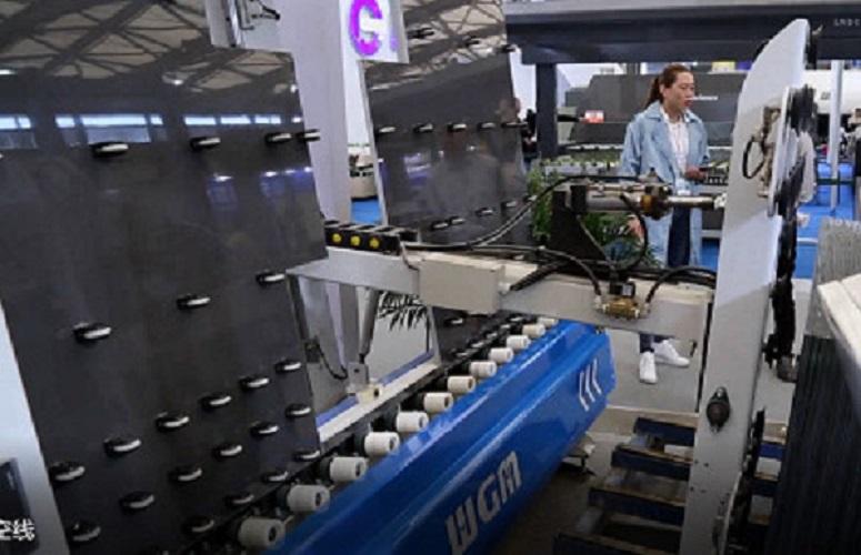 Vacuum Suction Automatic Insulating Glass Loading Machine