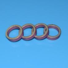 Bague en céramique métallisée d'oxyde d'aluminium rose