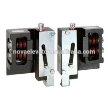 Предохранительный зажим для лифта с P + Q = 1800 кг, 1 мм / с, 9 мм