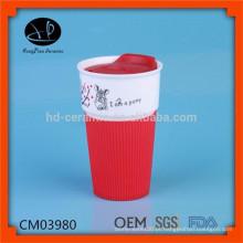 480ml promoção cerâmica caneca com tampa de silicone e manga, caneca de viagem com logotipo