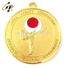 Medalla de karate de medallón de taekwondo chapado en plata de metal de muestra personalizada sin pedido mínimo