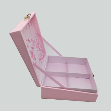Book-shaped Paper Box Homemade voor cosmetica