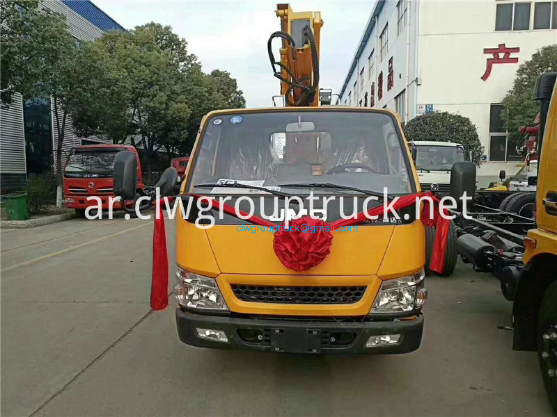 20 M Straight Arm Telescopic Aerial Work Vehicle 4