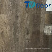 Composto plástico de madeira profunda de alta qualidade no revestimento da porta WPC