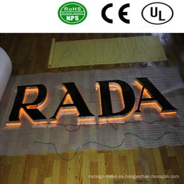 Letreros de letreros de canal LED profesionales. Señales publicitarias al aire libre