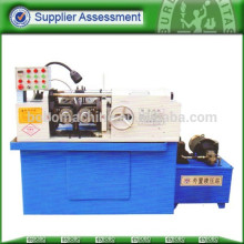 Automatic thread roll machine for rod screw