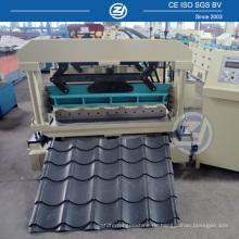 Dachplatte, die Maschineriedachziegel-Rolle bildet Maschine bildet