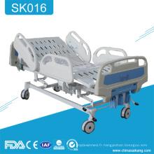 Lit réglable de soin manuel médical réglable de 3 manivelles de meubles d'hôpital de SK016