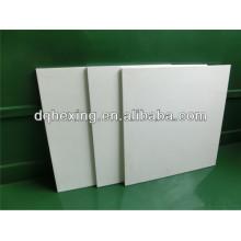 Feuille de paille blanc de White White
