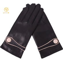 Classical Black Women Gants Leather Buttons Gants en peau de mouton en cuir pour dames