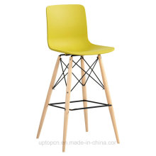 Colorful Modern Plastic Bar Chair with Wooden Leg (SP-UBC246)