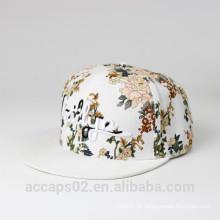 Tampão e chapéu custom snapback