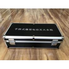 Ящик для инструментов с моделью губки