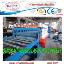 Plastikmaschinerie mit hohem automatischem für PVC-Oberflächenkruste Celuka-Schaum-Blatt-Verdrängungs-Linie