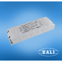 Motorista conduzido dimmable do triac de 24v / dc 2500ma 60w