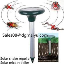Repelente de plagas ultrasónico solar Repelente de serpientes / ratones al aire libre
