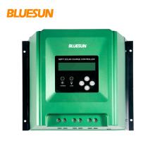 Chargeur solaire standard 12 h / 24v avec régulateur solaire Bluesun rohs et contrôleur mppt