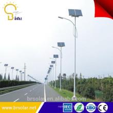 la lampe de rue publique menée solaire allume des pièces d'éclairage