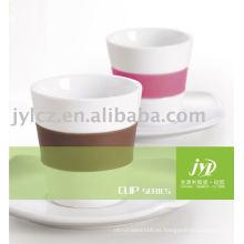 tazas de café de porcelana de cerámica con banda de silicona y platillo
