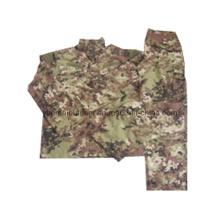 Militär und Kampf Acu Uniformen in Vegetato Camo