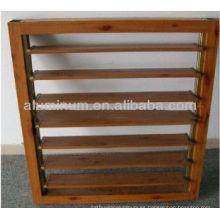 Ventanas de madera con persianas de aluminio de grano