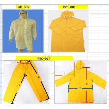 Traje impermeable y traje de PE