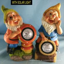 Großhandel Polyresin Zwerg mit Solar Licht Garten Figurine Dekoration