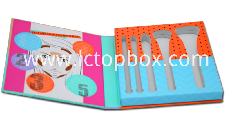 Cosmetic brush boxes