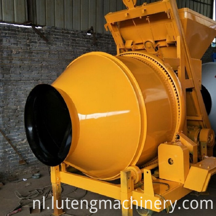 Moving Bucket Mixer
