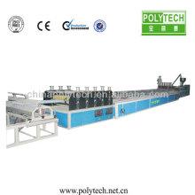 Alta producción 12 mm - 14 mm plástico doble pared techo hueco hoja línea de coextrusión