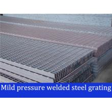 Grilles en acier soudé à pression légère