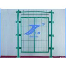 Venta caliente China Anping buena calidad anticorrosión PVC cubrió cerca de malla de alambre de Metal de tubo de marco