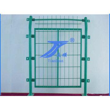 Heißer Verkauf China Anping gute Qualität Anti-Korrosion PVC beschichtete Rahmen-Schlauch-Metalldraht-Ineinander greifen-Zaun