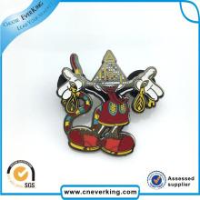 Presente da promoção do emblema do metal do Pin da lapela da forma dos desenhos animados do produto manufacturado